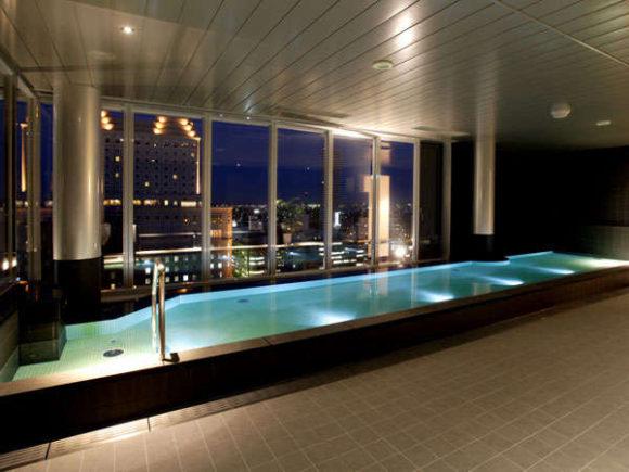 クロスホテル18階の大浴場