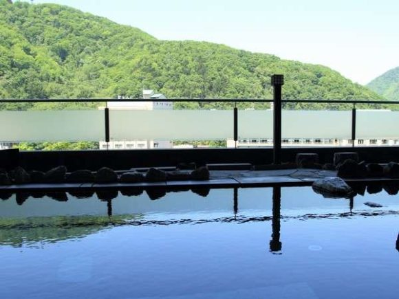 定山渓万世閣ホテルミリオーネの露天風呂