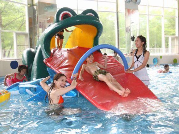 定山渓ビューホテルのプールは子供でも安心