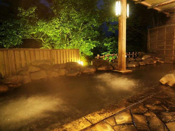 章月グランドホテルの露天風呂