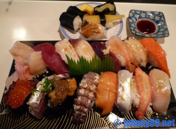 厚田漁港朝市(石狩)近くにあったカネトモ寿司